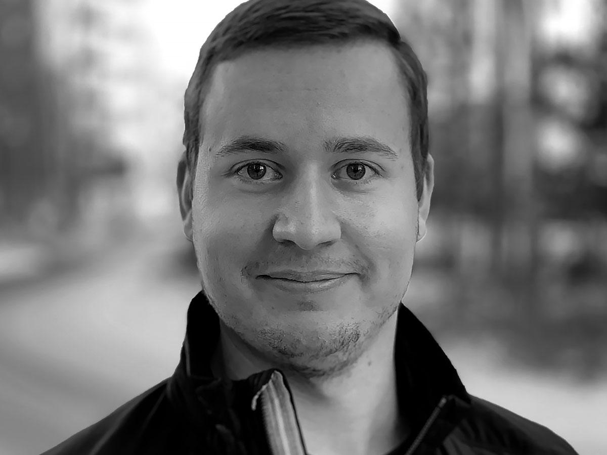 Contact portrait - Marcus Edlund
